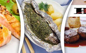 189 Kč za DVĚ porce masové pochoutky dle VÝBĚRU ZE ČTYŘ možných variací. Skvostně připravená vepřová panenka, kuřecí steak, losos nebo pstruh se slevou 58 %.