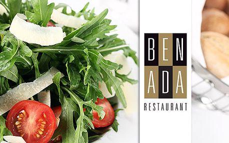 VBenada Restaurant Vás čeká nezapomenutelná symfonie chutí vpodobě 7chodového degustačního menu. Dopřejte si amouse bouche, carpaccio a vneposlední řadě hovězí tournedos!