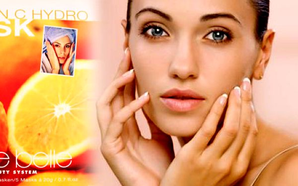Skvělá hydratační maska s vitamínem C 5 ks, právě vhodná pro letní období! Neváhejte a obohaťte svou pleť tímto potřebným vitamínem! Platí pro celou Českou republiku!!