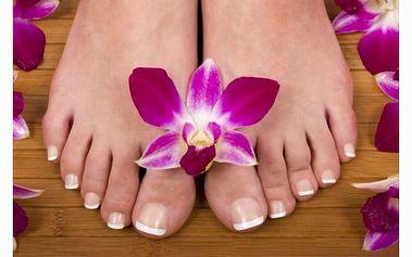 PĚT V JEDNOM – Pedikúra, modeláž nehtů nohou gelem, depilace a masáž dolní končetiny pod koleno, masáž nohou se slevou 40% !!
