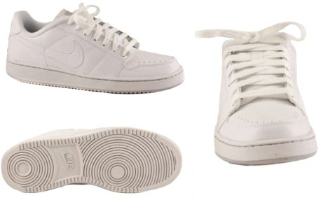 Stylová obuv Nike Backboards za neuveřitelných 699Kč!Dostupné velikosti 3.5-7,5UK