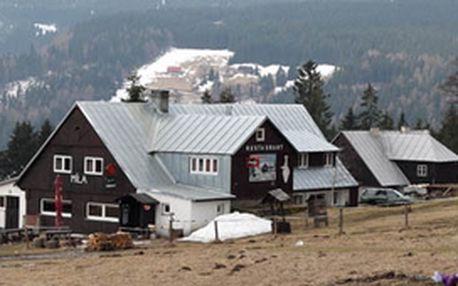 Nabízíme vám ubytování s polopenzí v sezóně 2012 v Krakonošově království na Horské boudě Míla v Peci pod Sněžkou.