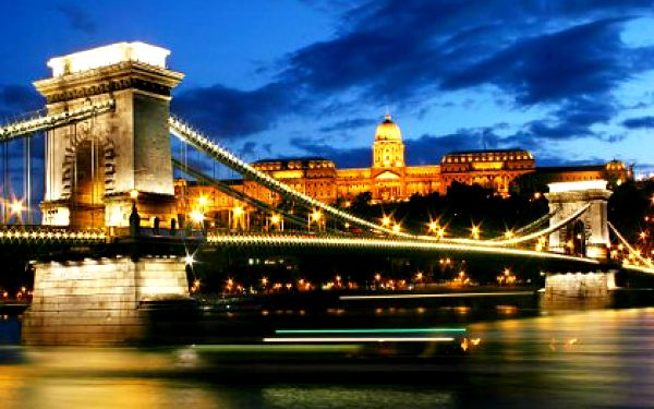 Jednodenní výlet do Budapešti za 990 Kč!