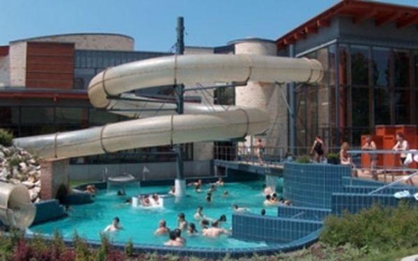 Užite si oddych, relax a zábavu v aquaparku, vrátane dopravy za 37 €. Úžasný výlet do Maďarského aquaparku Rába Quelle s osobným šoférom len za 37 € !