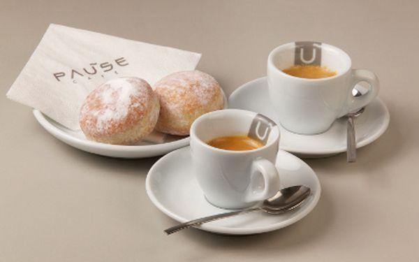 Dva mini koblížky a dvě espressa jen za 44 Kč v Pause Café!