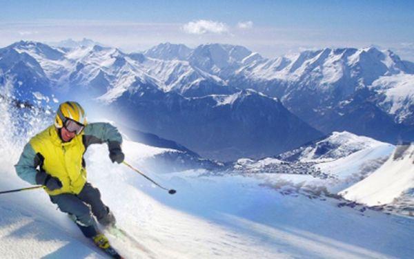 Je tu brilantný 5 dňový zájazd do talianskych Dolomitov s polpenziou a skipasom za 159 €! Dve noci v 3* hoteli, služby delegáta, autobusová doprava. Doprajte si tú najlepšiu lyžovačku v Taliansku s úžasnou zľavou 40%!