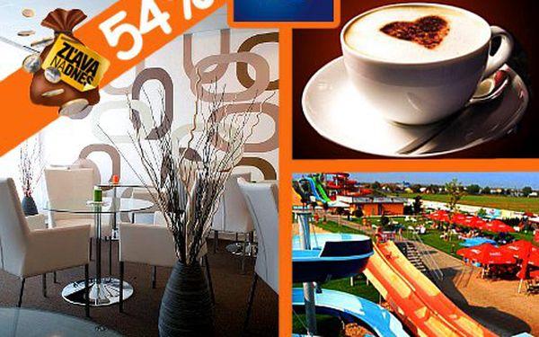 Lákavá ponuka pre všetkých, čo majú radi vynikajúcu kávu a dezert len za 2,30 eur! Príďte do AQUA Wi-Fi coffee & restaurant.