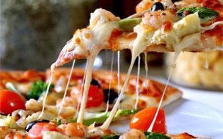 Pravá Talianska pizza za jedinečných 1,69 €. Vyberte si z 22 druhov pizz podľa Vašej chuti so zľavou 62 %. Neváhajte a vyrazte s priateľmi alebo celou rodinou na pizzu a vychutnávajte si vynikajúcu kuchyňu v príjemnom prostredí.