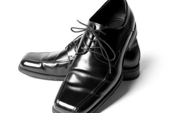 Oprava obuvi od 50 Kč – poskládejte svým botkám omlazovací kůru na míru!