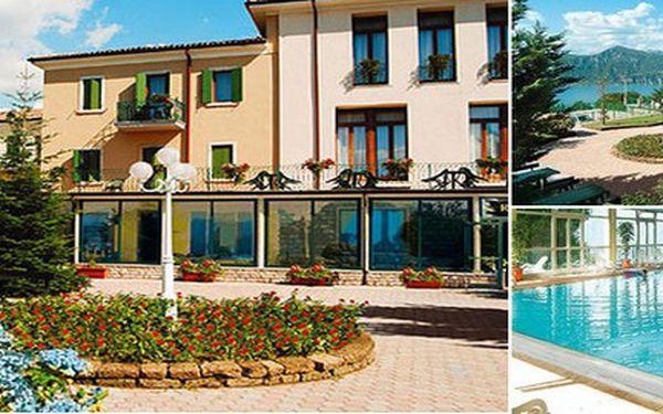 Nezapomenutelné 3 dny odpočinku u nejkrásnějšího jezera Itálie - LAGO DI GARDA! Jen 1 599 Kč v příjemném hotelu s bohatou polopenzí a výhledem na křišťálově modrou hladinu jezera di Garda a Alpy!