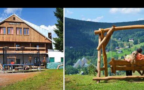 Babie leto na DVA v najobľúbenejším horskom penzióne v Krkonošiach! Užite si počas 2 dní panenskú prírodu, ale aj aromamasáž a saunu pre oboch. Vyrazte za oddychom!