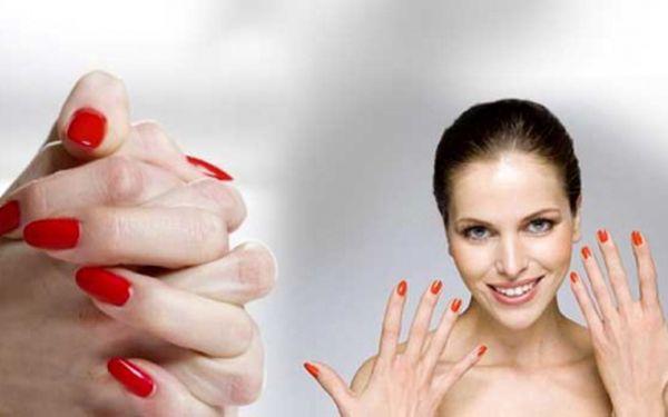 Nové gelové nehty se slevou 50%! Nechte si udělat krásné nehty se zdobením a v různých barevných provedeních dle Vašeho vlastního výběru za skvělých 325 Kč!