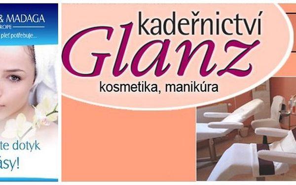 Denní líčení v salonu Glanz za 120 Kč. Kupte dva nebo tři poukazy a máte společenské nebo dokonce svatební líčení. Buďte krásná při každé příležitosti.