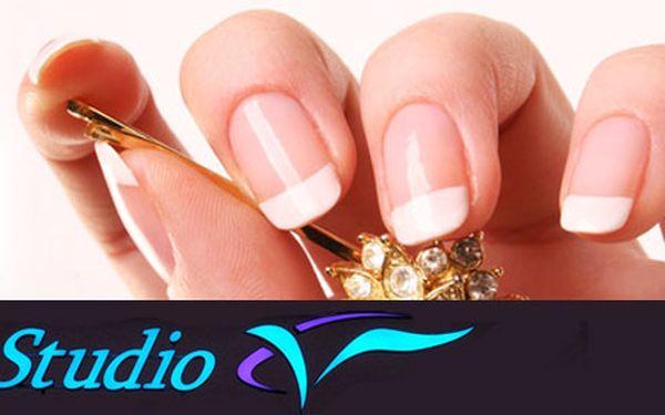 Krásné nehty za pouhých 249Kč. Udělejte si ze svých nehtů opravdovou ozdobu Vašich rukou se slevou 51 %.