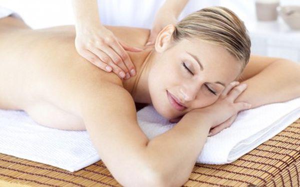 Jedinečná nabídka 90 minutové masáže v Praze! Relaxujte při pondělku, nechat se hýčkat a hladit je příjemné snad každému, proto si i Vy dopřejte chvilku relaxace, zbavte se bolesti zad nebo si jen odpočiňte od každodenního stresu.
