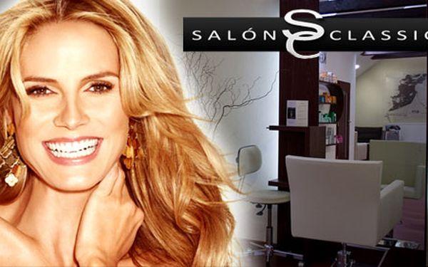 Komplet dámsky strih v exkluzívnom Salóne Classic iba za 8 €. Umývanie, strihanie, fúkanie, masáž hlavy i styling so zľavou 58%.