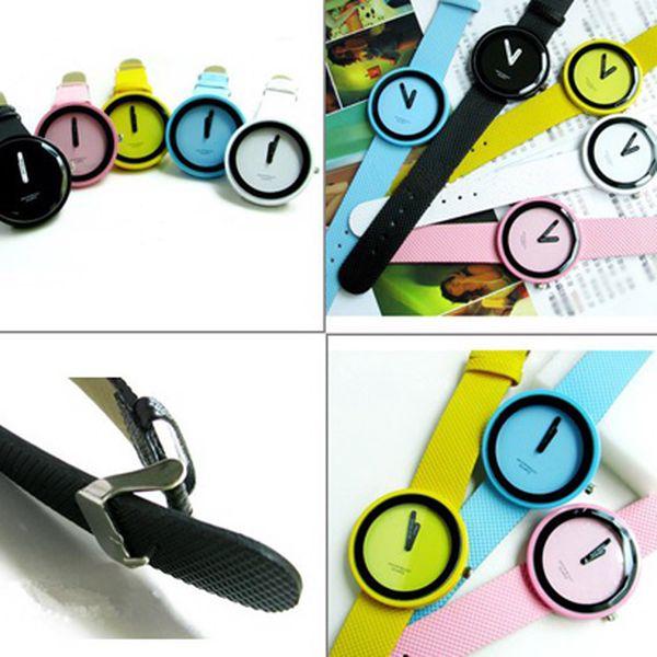 139 Kč za stylové unisex hodinky Jelly Lux v 12 barvách v hodnotě 290 Kč