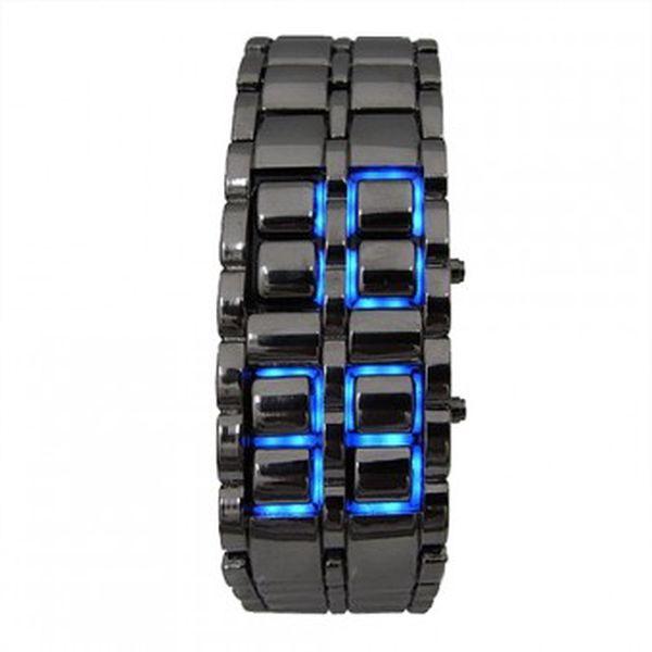 Udělejte dojem novými led hodinkami samurai ve stříbrném provedení s modrým led zobrazením času za 265 kč včetně poštovného!
