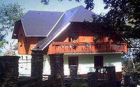 Jen 1260 Kč za 2 noci pro 1 - 4 osob v apartmánech na Šumavě. Užijte si odpočinkový víkend s rodinou či přáteli v krásné šumavské přírodě se slevou 40%!