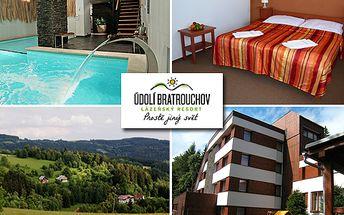 Odpočiňte si v půvabné krajině Krkonoš! Třídenní pobyt s polopenzí pro DVA v lázeňském resortu, k tomu fitness, wellness, 20% sleva na konzumaci v restauracích horského resortu a další! To vše s 54% slevou za 2998 korun!