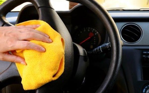 Vyraž na podzim s čistou károu! Mokré čištění, mytí a profesionální ošetření interiéru vozidla. Dopřej svému miláčkovi tu nejlepší péči od profesionálů!