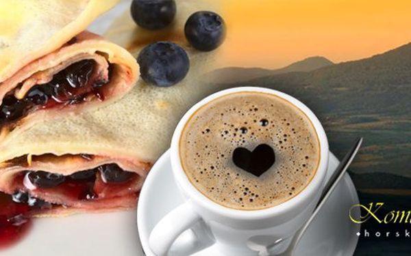 75 Kč za DVĚ sladké palačinky a DVĚ lahodné kávy v hotelu Komáří vížka. Pohlazení pro mlsné jazýčky, nejkrásnější výhled na Krušné hory. Sleva 50 %.