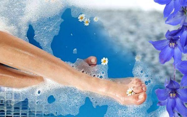 Luxusní Spa pedikúra včetně francouzského lakování za super cenu 199 Kč! Nohy nás nosí celý život, dopřejte jim tu nejlepší péči v podobě spa pedikúry se slevou 51%!