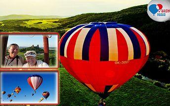 NEOPAKOVATELNÝ ZÁŽITEK! Hodinový let jedním z největších balonů v Evropě! Uvidíte nádherná panoramata, hrady, zámky, řeky i otevřená prostranství naší země!