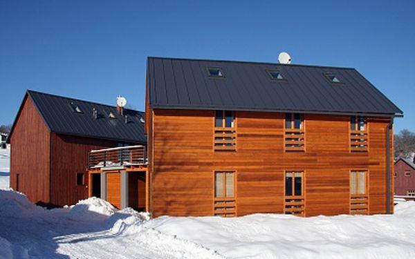 Prodloužený víkend v luxusní chalupě ve skandinávském stylu pro až 12 osob. Rodinná rekreace nebo dovolená s přáteli. Na hranici Krkonoš a Jizerských hor v krásné přírodě.