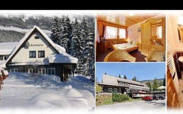 84 eur za pobyt pre 2 osoby s polopenziou na 3 dni a 2 noci v hoteli Kristýna v Špindlerovom Mlyne. Užite si romantiku v srdci Krkonôš teraz so zľavou 35%.