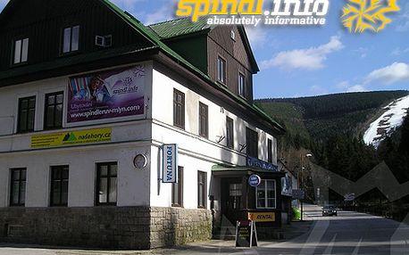 V centru Špindlerova Mlýna za opravdu skvělou cenu 999 Kč pro dva za dvě noci se snídaní! Příjemné ubytování se slevou 46 %! Děti do 3 let zdarma!