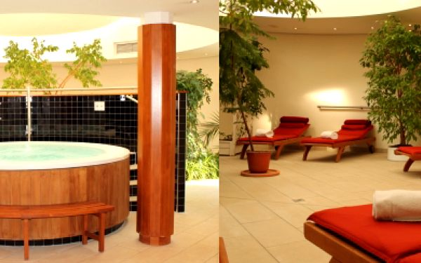 Odpočiňte si po dlouhém dni v luxusním relax centru hotelu Dorint.Užijete si dvě hodiny fitness, sauny, páry nebo whirpool.