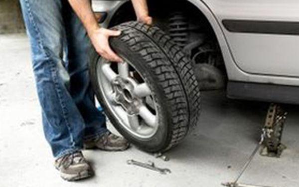 Jen 399 Kč za přezutí na zimní pneumatiky včetně jejich vyvážení. Připravte se na zimu slevou 50%!
