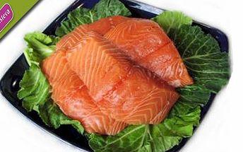 POUHÝCH 84,- za luxusního 200g lososa na špenátovém lůžku či s bylinkovým máslem a zeleninovým salátem! Vychutnejte si nejoblíbenější rybu na světe s čerstvou a lehkou zeleninou. Zpříjemněte si teplý podzim lahodnou a lehkou večeří.