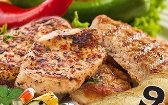 Užijte si GURMÁNSKÝ zážitek netradiční podoby, variace grilovaných mas se zeleninou pro 2 - 4 osoby. 55% sleva na variaci vepřového, krutího a hovězího masa s pořádnou porcí zeleniny v Restauraci 9a.