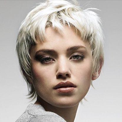 Změňte svůj styl od 310 Kč! Máte s přicházejícím podzimem chuť zrušit zaběhlé standardy a zkusit něco nového se svými vlasy?Změňte se u nás s fajn slevou 50 %. Přineste si obrázek střihu, barvy a účesu, který si přejete, a my Vám splníme Vaše přání! Nebo Vaši proměnu nechejte na naší kreativitě.