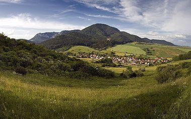 Užite si pobyt v penzióne ZIVKA*** pre 2 osoby na 3 alebo 4 dni s raňajkami a vstupom do wellness! Oddychujte a načerpajte energiu v prekrásnej prírode v srdci Liptova so zľavou do 56%! CityKupón je platný až do 22. 12. 2011! Cez týždeň 1 noc zdarma!