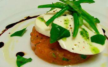 Degustační menu pro 1 osobu za úžasných 325 Kč! Předkrm:rajčatový tataráček + hlavní chod:steak z hovězí svíčkové a steak z mléčného telete! Nenechte si ujít tuto lahůdku s fantastickou slevou 41 %!