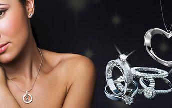 399 Kč za poukaz na nákup šperků z chirurgické oceli v hodnotě 800 Kč. Trendy náušnice, prstýnky, náramky či řetízky se slevou 50 %.