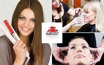 Nejste spokojena se svými vlasy? Ve Studiu Easy z vás udělají královnu krásy. 55% sleva na střih, hloubkovou regeneraci za pomoci ošetřující studené žehličky, foukaní a závěrečný styling ve Studiu Easy.