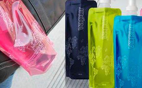 Pouhých 39 Kč za originální skládací láhev Vapur na letní procházky, lenošení u vody či cestování po světě! Na výběr máte ze 6 skvělých barev (modrá, růžová, černá, zelená, oranžová, fialová). Super sleva 61 %!
