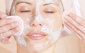 Podzimní ošetření pleti za 369 Kč v Kosmetickém salonu PLUS v Holešově. Čekají Vás 2 hodiny příjemné relaxace! Toto profesionálním ošetření obnovuje strukturu pleti, vyhlazuje vrásky a napomáhá k celkové regeneraci obličeje.
