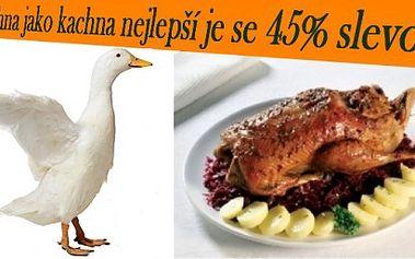 Kachna pro 4 osoby (2 kg) s přílohou + dva druhy knedlíků a dva druhy zelí se slevou 45%
