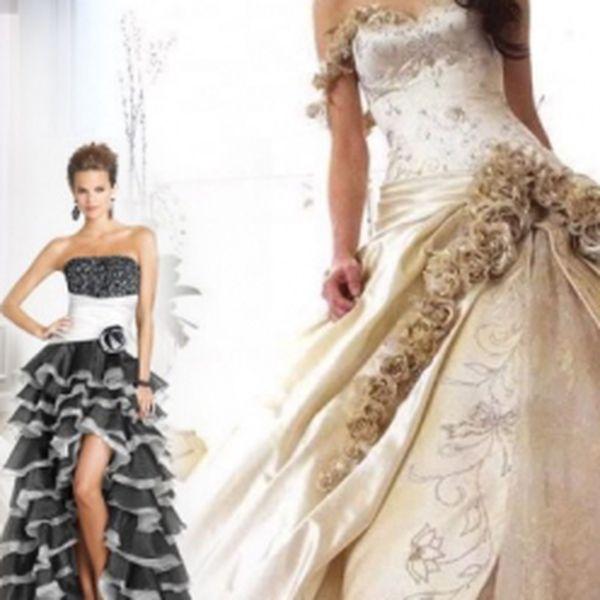 Máte před sebou den D či se připravujete na ples? Nejdůležitější věcí jsou pro dámy jistě krásné šaty. Kupte si opravdu kvalitní a nádherné svatební či plesové šaty s naším voucherem za 20 Kč a ušetříte!