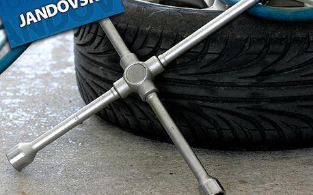 Připravte svůj vůz na zimu důkladně a profesionálně! Využijte skvělé nabídky na přezutí pneumatik a geometrii vozu se 70% slevou, tedy jen za 899 Kč! Bezpečnost za akční cenu!