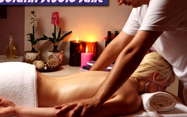 60minutová masáž celého těla za 249 Kč! Vyberte si ze tří druhů: aromaterapeutická, relaxační nebo klasická. Uvolněte a povzbuďte vaše tělo a duši! Nyní se slevou 56 %!