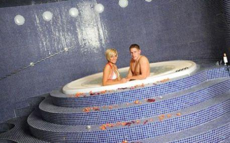 3 denní ROMANTICKÝ pobytový balíček ve**** lázeňském hotelu pro 2 osoby s wellness procedurami a relaxačními službami