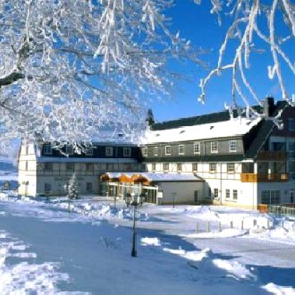 3 dny pro dva v luxusu 4* hotelu se snídaní a večeří! Užijte si pobyt v Krušných horách v Německu