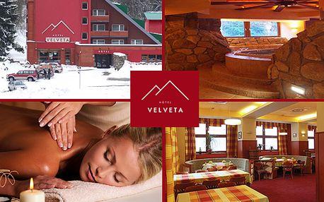 Wellness pobyt na 3 DNY s polopenzí ve Špindlerově Mlýně s 46% slevou. Užijte podzimní dny v rodinném hotelu s polopenzí v nejznámějším krkonošském středisku!