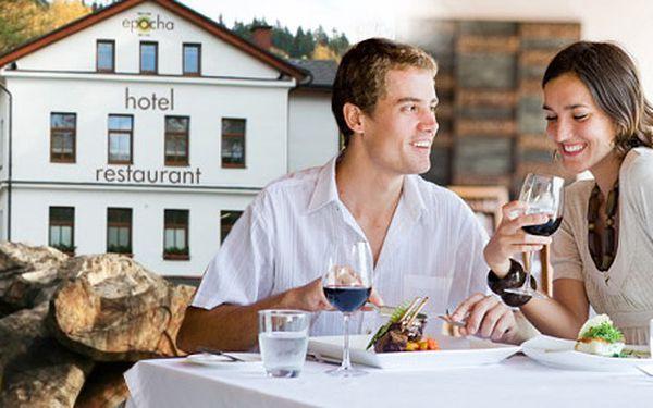 1949 Kč za třídenní pobyt pro DVA v Hotelu Epocha vJizerských horách. Dovolená plná romantiky isportovního vyžití se slevou 50 %.